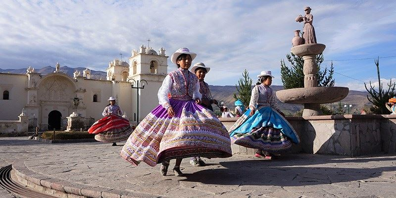 Colca Canyon - Colonial Tours 2 Days | FindLocalTrips