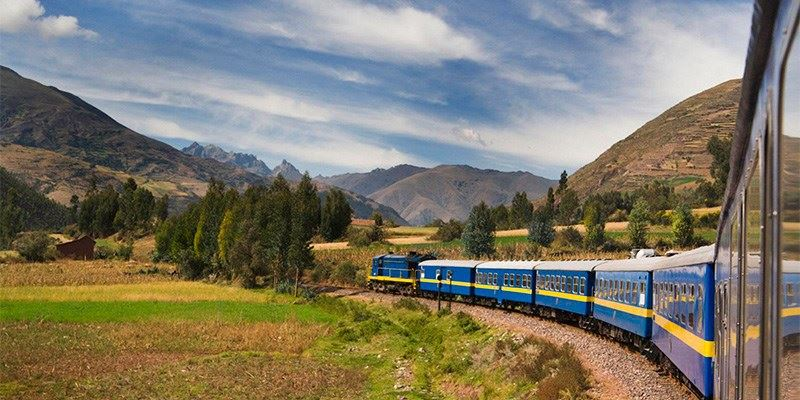 MACHU PICCHU BY TRAIN  2 DAYS 1