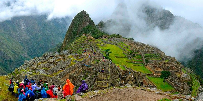 HUAYNA PICCHU - TOURS BY TRAIN TO MACHU PICCHU