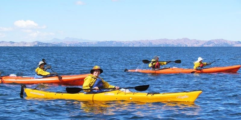 Kayaks on Lake Titicaca - Uros Kayaking full day