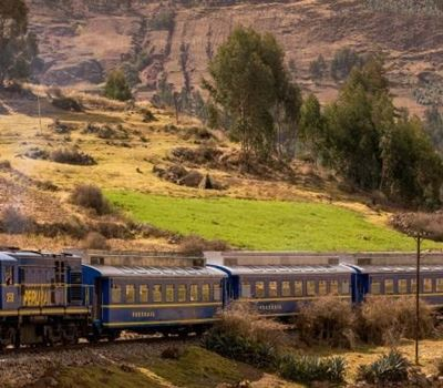 Tour by Train to Machu Picchu 2Days/1Night