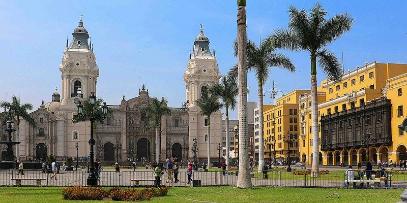 MIRABUS_HISTORIC CENTRE OF LIMA 1