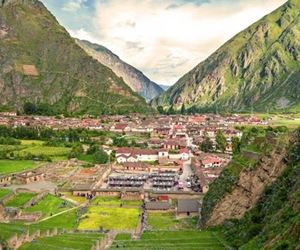 Sacred Valley with Machu Picchu 2 Days / 1 Night