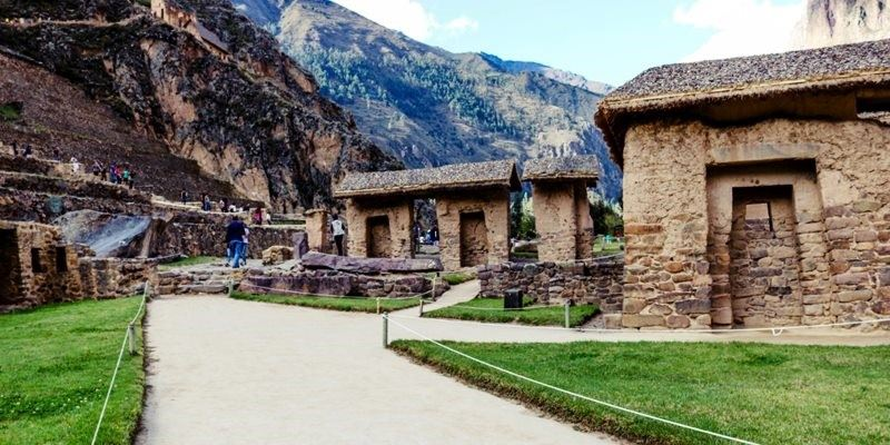 Sacred Valley with Machu Picchu 3