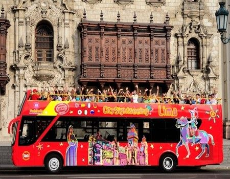 Hop-on, Hop-off Bus in Lima